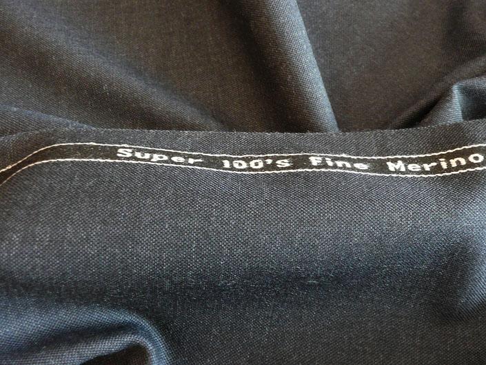 ダークグレイ シャークスキン スーパー100's 最高級メリノウール100%