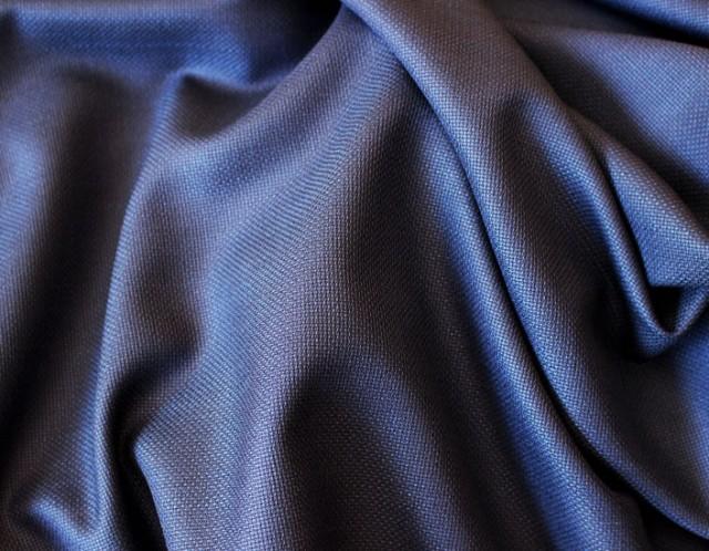 ハウス・カット ジャケットお仕立て¥70,000(税別) ハウス・カットマスター ジャケットお仕立て¥80,000(税別) ビスポーク・スタイルド ジャケットお仕立て¥130,000(税別)※ ※ビスポーク・スタイルドは初回のみ仮縫い代を別途頂戴しております
