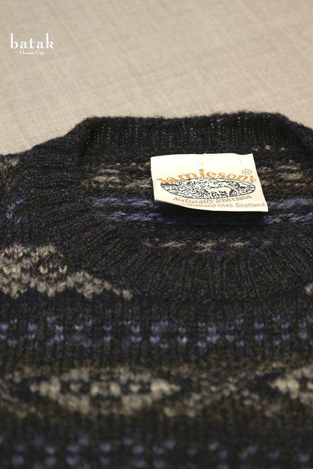 Jamisons_Knit_Navy